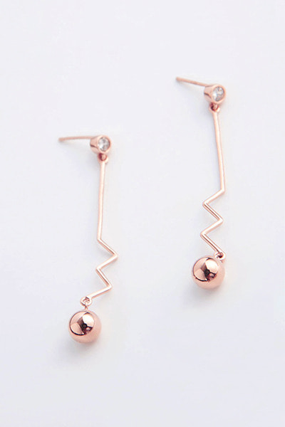 Flat Wave Drop Ball Earring (곽선영 착용)
