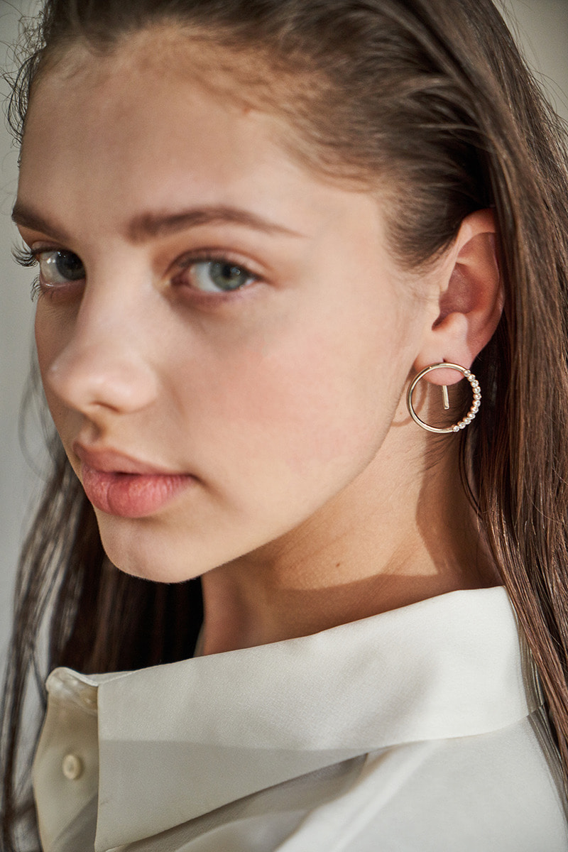 Stones Circle Earring