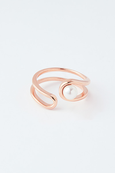 Pearl in Double Line Open Ring (김지인 착용)