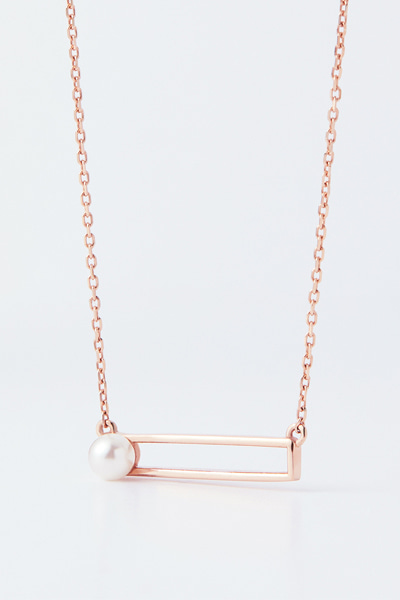 Pearl in Square Nacklace
