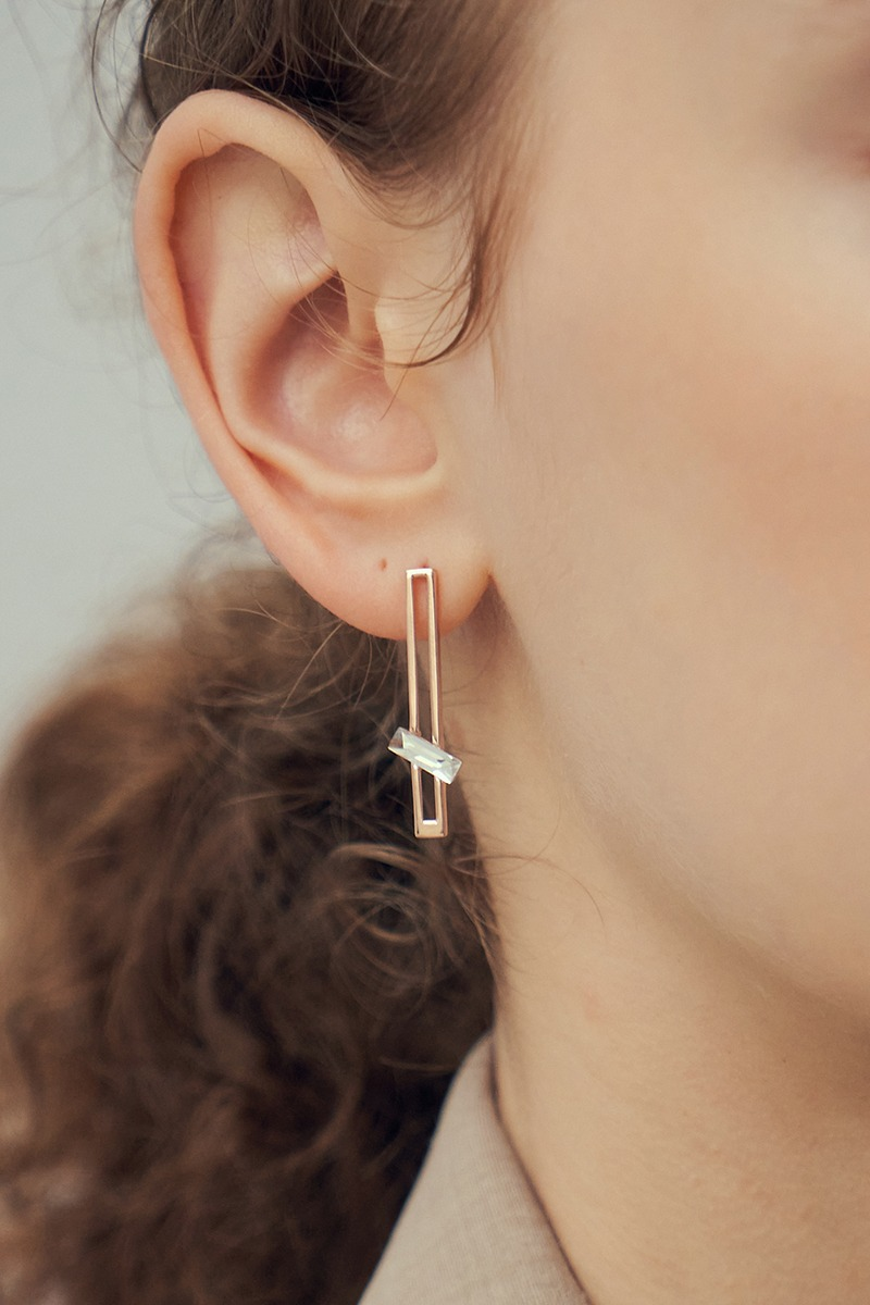 square lines earring